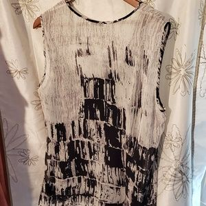 Kenneth Cole sleeveless tunic EUC